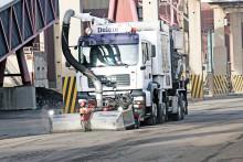 Jättedammsugare förbättrar arbetsmiljön, tar bort hälsoskadliga partiklar