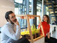 Sköt odlingen på distans med uppkopplade växthus i vardagsrummet