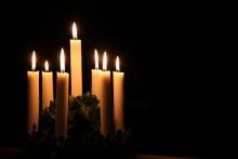 Førjulstid og levende lys hører sammen