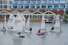 Alla kan delta i Lilla Tjörn Runt som seglas söndagen den 12 augusti