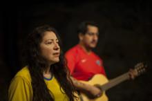 Konsten att göra en chilenare -  betraktelser om tillhörighet och normer
