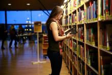 """""""Det är helt normalt för en ung tjej att läsa på universitetet."""""""