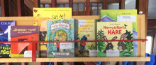 Flytande bibliotek i skärgården i sommar