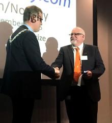 Nordic Light Rail Prize 2016 til Norconsults Thomas Potter