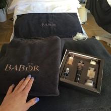 Hudspecialisten testar ansiktsbehandling med BABOR!