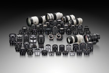Η Sony ενισχύει τη σειρά φακών alpha A-mount με δυο νέους φακούς ZEISS® υψηλής απόδοσης
