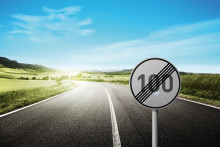 """Mission: """"Heimat 4.0"""" – Deutsche Glasfaser beschleunigt das Internet auf dem Land"""