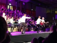 """En magisk konsert med """"a touch of Africa"""" i Ale gymnasium"""
