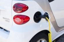 Helt olika hållbarhetskrav på el/batterier, bensin/diesel och biodrivmedel