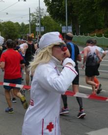 Folkfest på Djurgården under Stockholm Marathon
