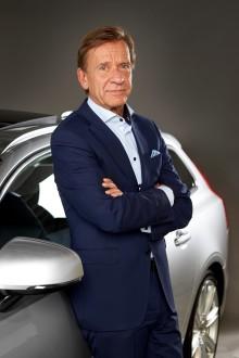 Bilindustrin behöver förändras för att spegla nya kunders krav, säger Volvos vd på FN-konferens