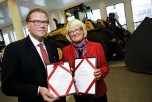 Volvo och Leif Johansson tog emot Fredrikornas BRA-pris 2010 för världsunikt ledarutvecklingsprogram