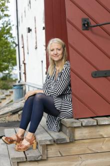 Klara Zimmergren blir konferencier för O-zone