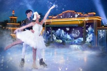 This Christmas at Liseberg: Swan Lake on ice