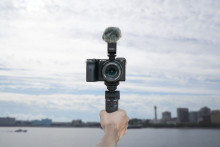 Sony Introduces New GP-VPT2BT Shooting Grip with Wireless Remote Commander