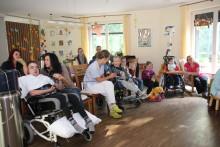Ein Puppentheater für Bärenherz: Bär Bruno sorgt für Unterhaltung im Kinderhospiz