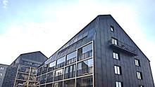 Glacell har installerat solcellerna på Stockholms första plusenergihus