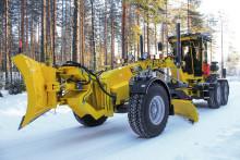 Förnyad Veekmas FG 2428 väghyvel lanseras på MaskinExpo
