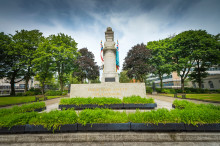 Rochdale unveils dramatic artwork based on town's Cenotaph