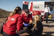 Falck fornyer stor ambulancekontrakt