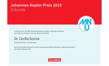 Cecilia Scorza aus Bayern erhält den Johannes-Kepler-Preis vom MNU und Cornelsen Verlag