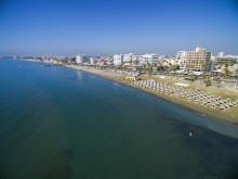 Larnaca, från sömnig turistort till spännande kuststad