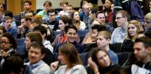 Kraftig ökning av antalet betalande studenter