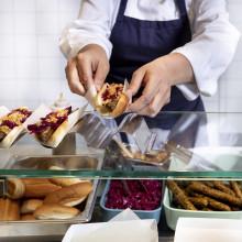 Prøv en vegetar-hotdog til grillen fra IKEA