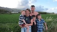 Familiens klippe falt om med hjertestans 48 år gammel.