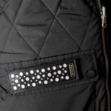 Dekorativ reflex i läder