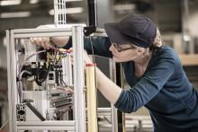 TePe tar emot unga teknikintresserade under Industrinatten