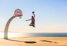 TravelWorks schickt Shooting Star-Schüler an die Sportkaderschmiede nach Florida  – im Rahmen des Trick Shot-Wettbewerbs wird der beste Ballkünstler gesucht