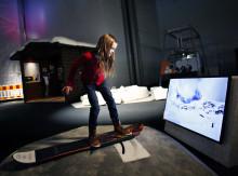 Vintersporta inomhus i adrenalinfylld utställning på Tekniska museet