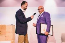 Deutscher Reisepreis für E-Grand Tour in Hamburg übergeben