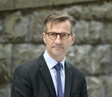Hur länge bedömer Riksbankchefen att minusräntan fortsätter?