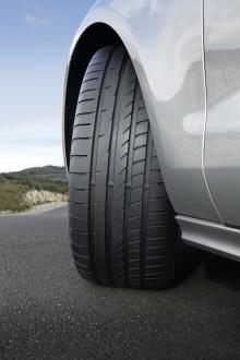 Nyhet! Goodyear Eagle F1 Asymmetric 2 - ny teknologi kortar bromssträckan