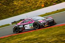 Premiärrace för Mikaela Åhlin-Kottulinsky i ADAC GT Masters