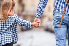 Barnplantorna visar att cochleaimplantat-behandling är underfinansierad i sjukvården