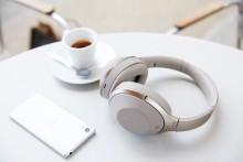 Auriculares MDR-1000X con cancelación de ruido y que te permiten oír cuando te hablan