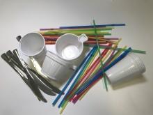 Axfood fasar ut engångsartiklar av plast