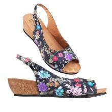 Nu blommar sandaletterna!