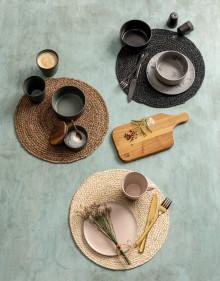 Dækkeservietter i skønne naturmaterialer