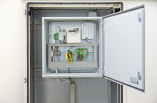 Reliable feed-in control for photovoltaics systems