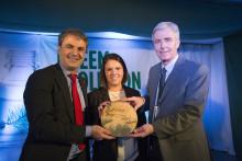 Ny anläggning för biodrivmedel invigd av energiminister Baylan