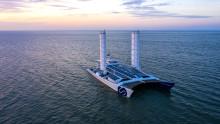 Båten som omvandlar havsvatten till energi – Accors partner Energy Observer besöker Stockholm