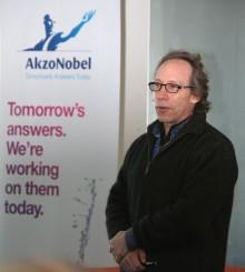 Professor Lawrence Krauss, världskänd teoretisk fysiker och kosmolog, förläser i Nacka