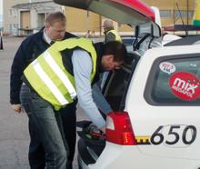 Schysta villkor och trygga taxibilar – Taxi Göteborg kvalitetssäkrar 430 taxibilar