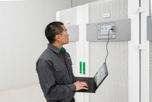 Ny UPS gør store datacentre  driftssikre og energieffektive