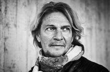 Tommy Nilsson ger sig ut på omfattande Sverigeturné. Han bjuder på en show om kärleken, livet och en dos Rock'n'roll.