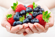 Summer foods for good health by Dr Laura Ginesi